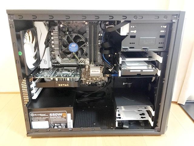 パソコンのケースを開けてみたところ