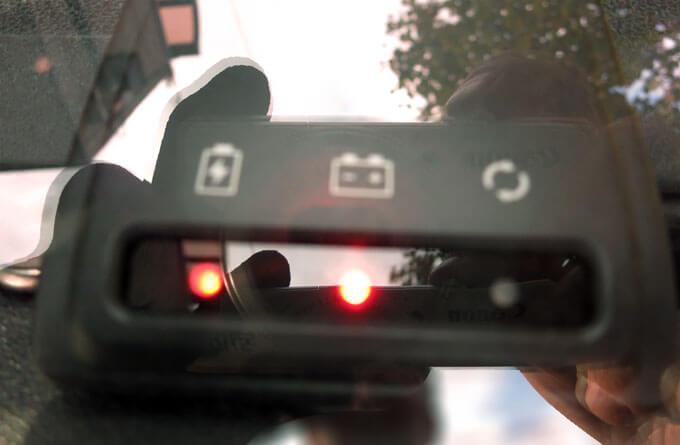 メモリーキーパーのインジケーターがバッテリーを表示