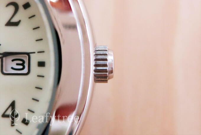 アルバ クオーツ AIGT014のネジロック式のりゅうず